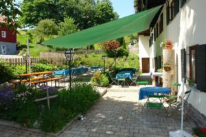 Landgasthaus Mittelallgäu - Hotel in Betzigau