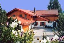 Landhaus Hoerter Ferienwohnung in Betzigau