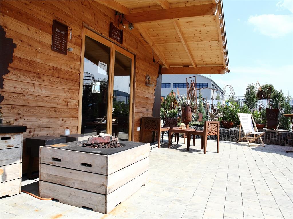 Gartenhuette - Terrasse - rostiger Garten Betzigau im Allgaeu