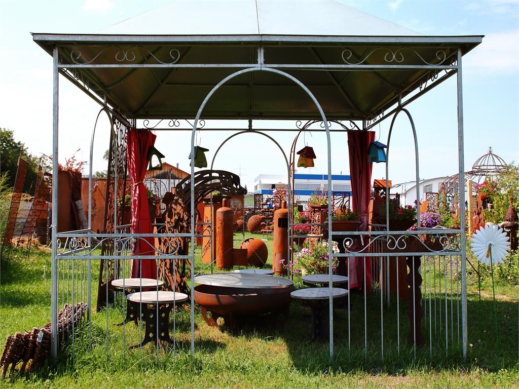 Grillstationen und Feuerstellen - rostiger Garten Betzigau im Allgaeu