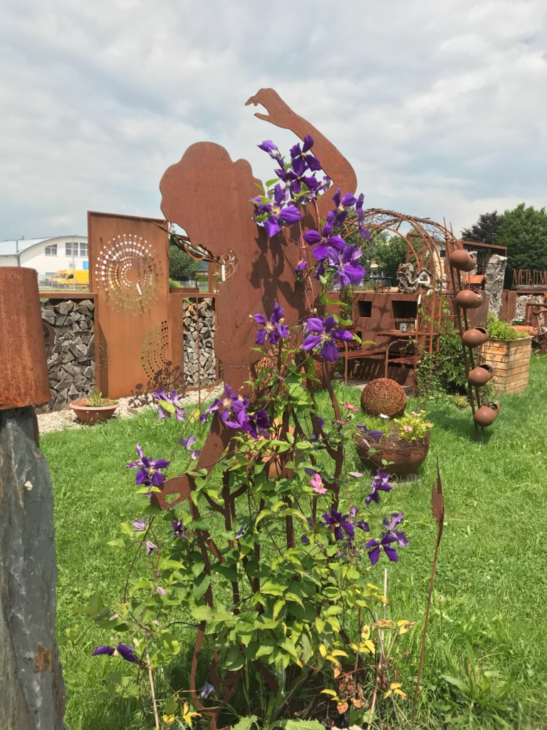 Rankhilfe - rostiger Garten Betzigau im Allgaeu